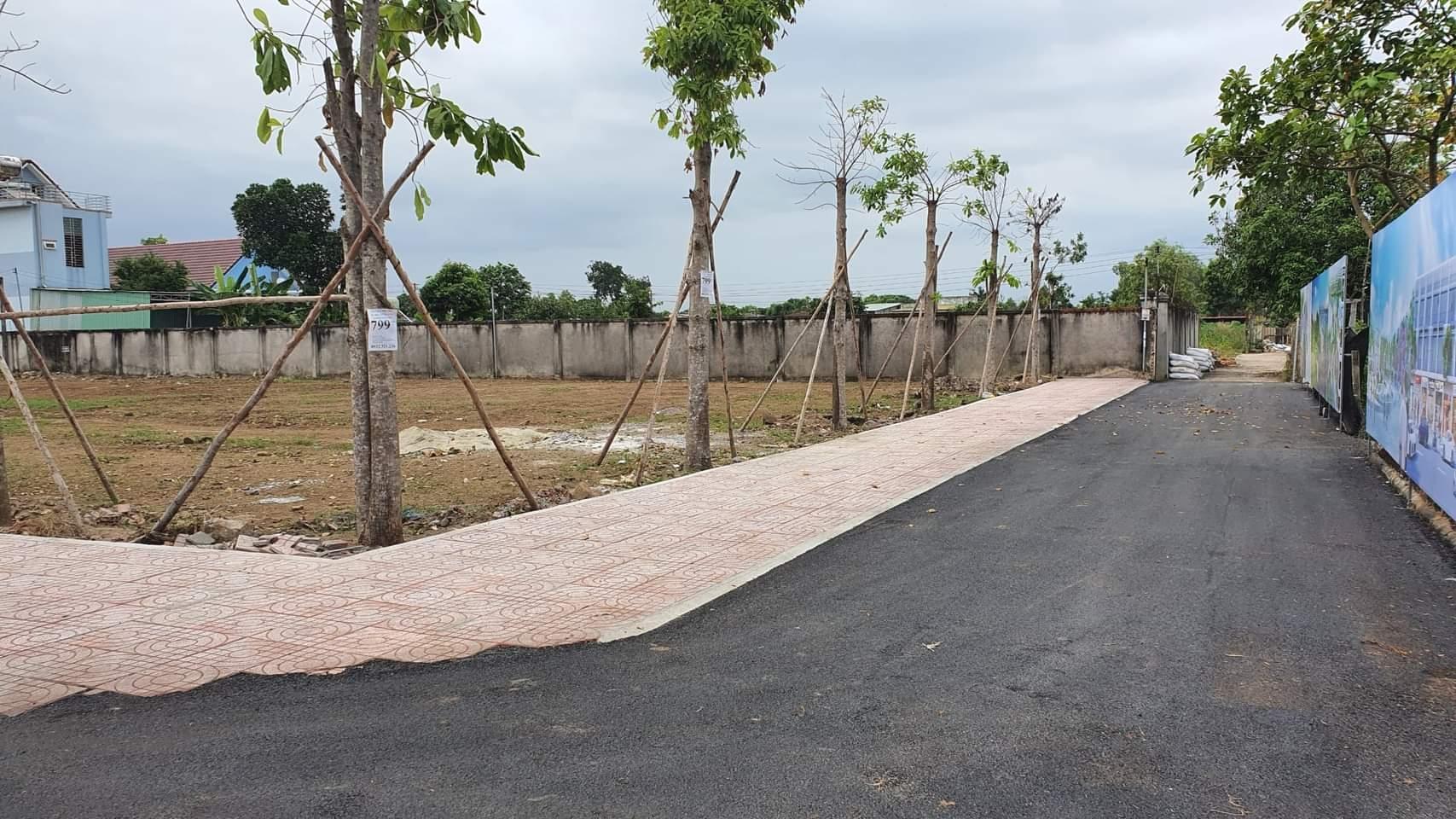 Bán 100m2 đất thổ cư mặt tiền Dương Thị Giang Q12 sổ riêng giá 1tỷ7