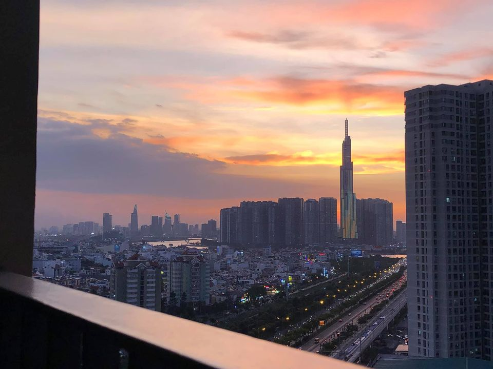 Bán gấp căn hộ 3 PN Masteri Thảo Điền 72m2 view landmark 81 cực đẹp giá chỉ 4,5 tỉ LH Diệp 0336 393 898 để xem nhà 24/7