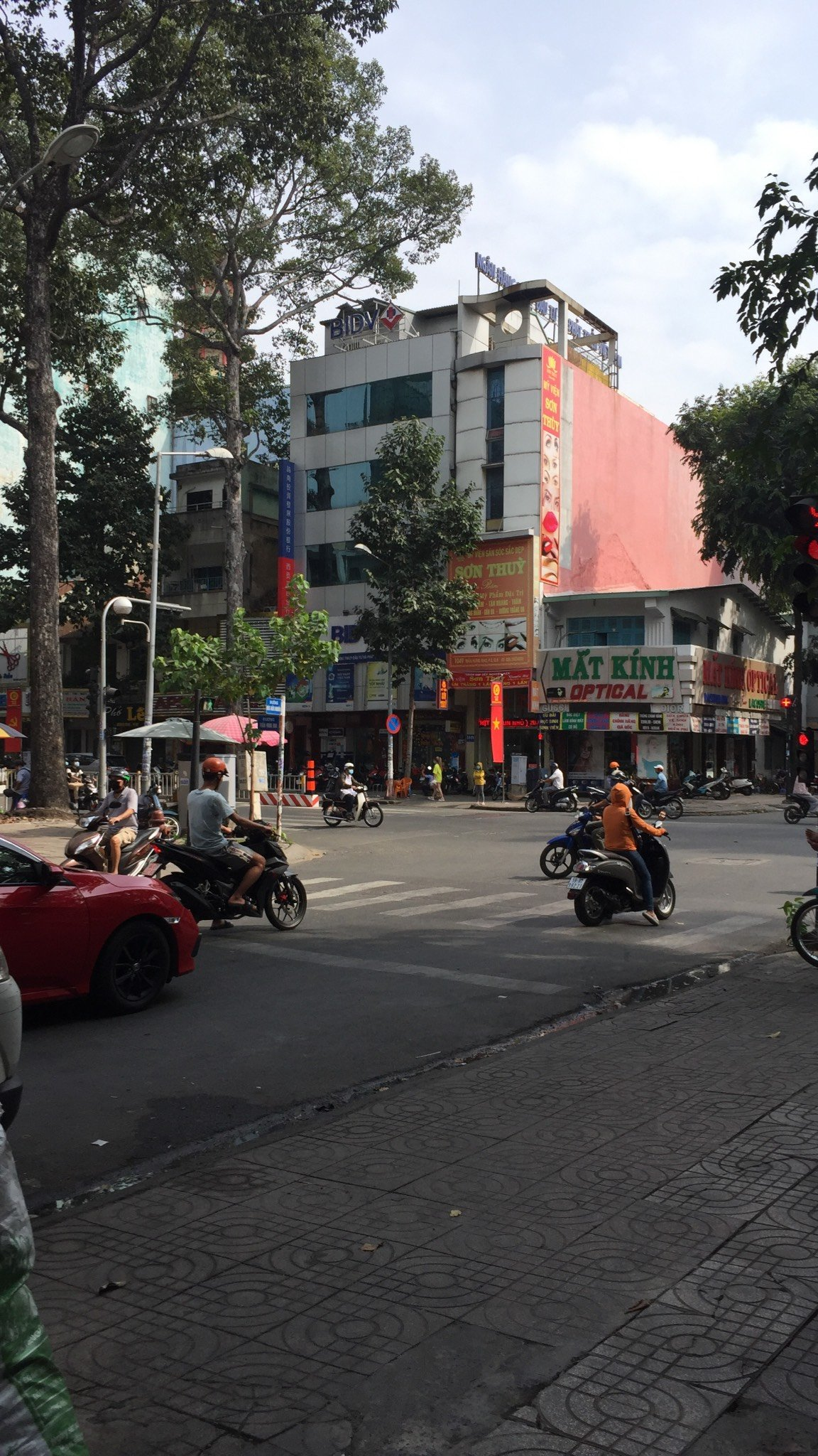 Bán nhà 74-76 Bùi Hữu Nghĩa,Quận 5, 79×198m ,3 Lầu,hđ thuê 150 tr/th,giá 55 tỷ TL
