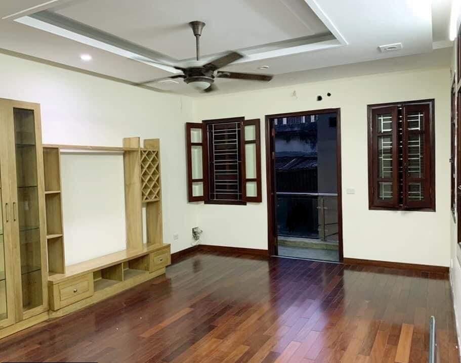 Bán 120m đất, giá 104 tỷ có nhà 3 tầng kiểu biệt thự ở Trần Đại Nghĩa, ô tô vào nhà
