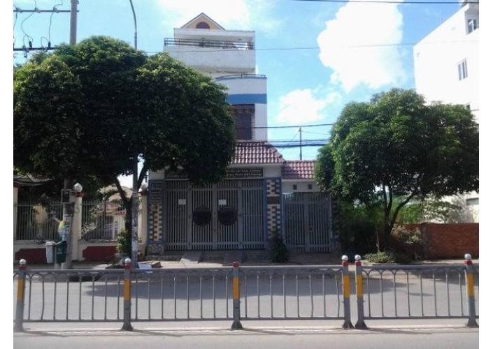 Bán nhà mặt tiền 47-47A Lý Chiêu Hoàng, Phường 10, Quận 6