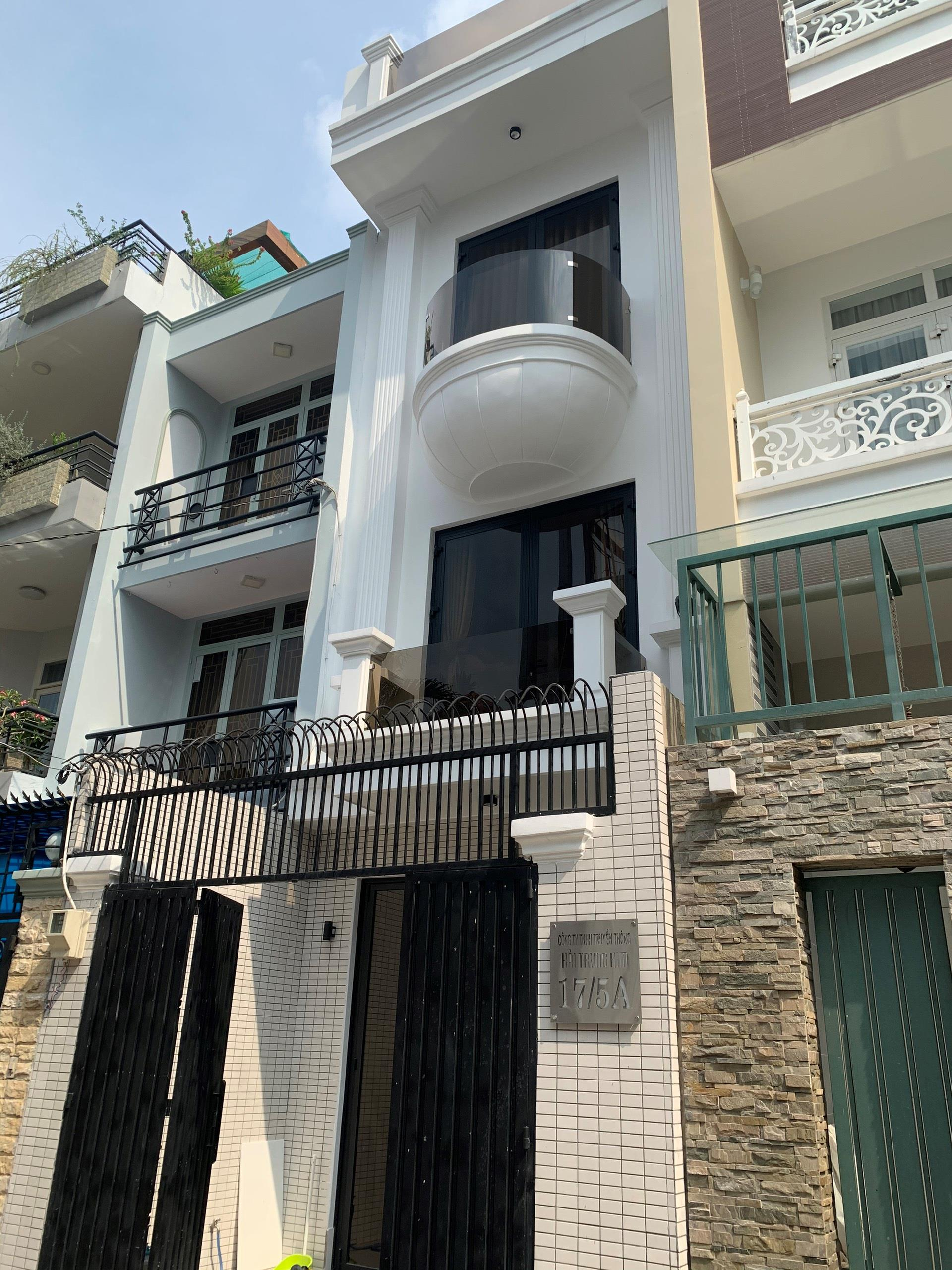 Bán nhà HXH tránh nhau Khu VIP Nguyễn Huy Tưởng BT