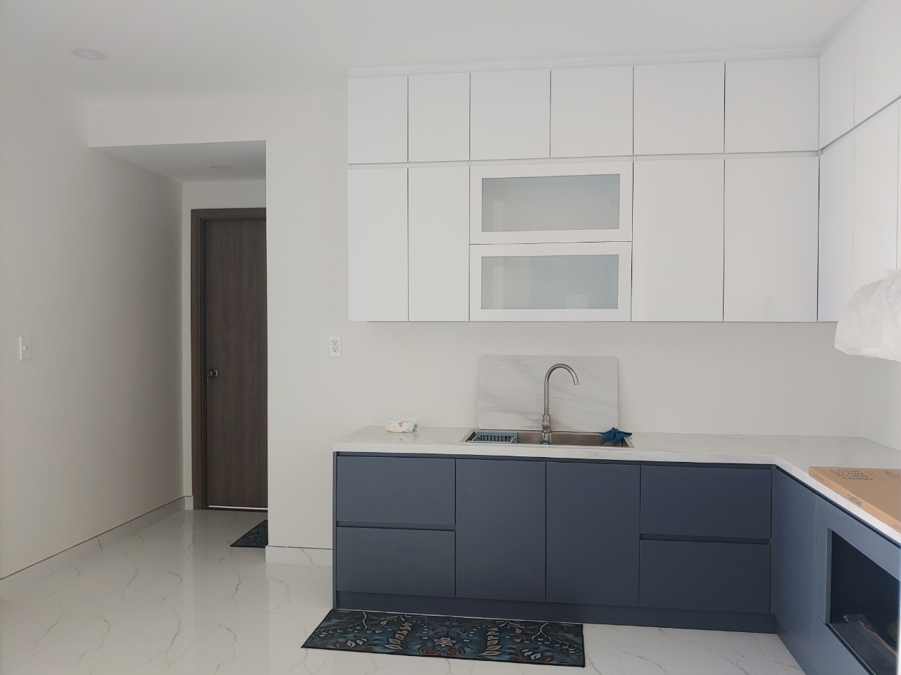 Chính chủ bán CH Lavida Plus 80m2,2PN đầy đủ nội thất mới 100% giá chỉ 3tỷ8,view thoáng mát