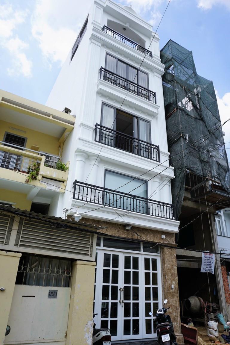 Cần bán căn nhà 2MT 5 lầu thang máy Nguyễn Văn Đậu, P11, Bình Thạnh, DT 4,5x25m, giá 21 tỷ TL