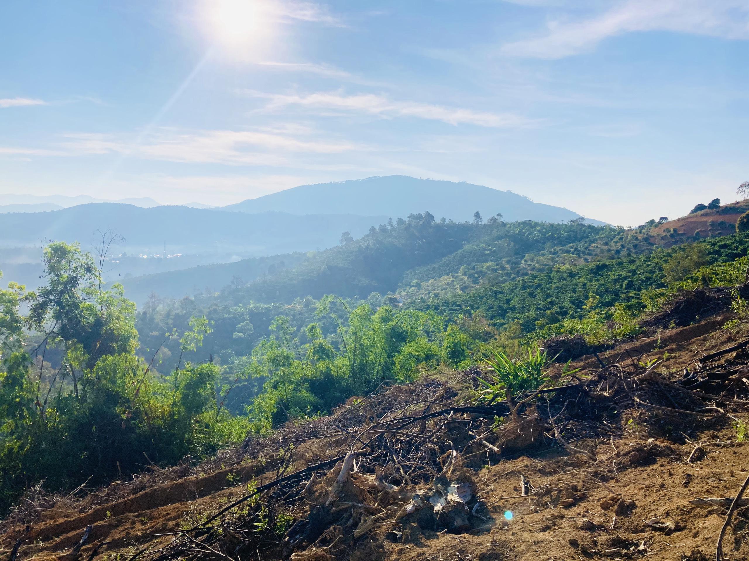 Địa điểm du lịch không thể bỏ qua tại Bảo Lộc - Cổng Trời cách làng thiền chí 3km