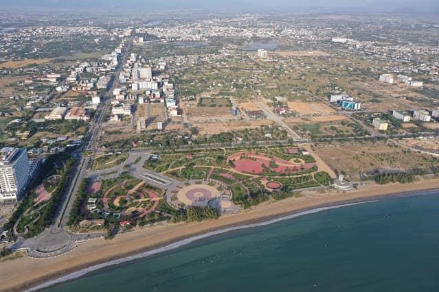 Chính chủ cấn bán lô đất mặt biển khu k2 biển Bình Sơn giá rẻ nhất thị trường