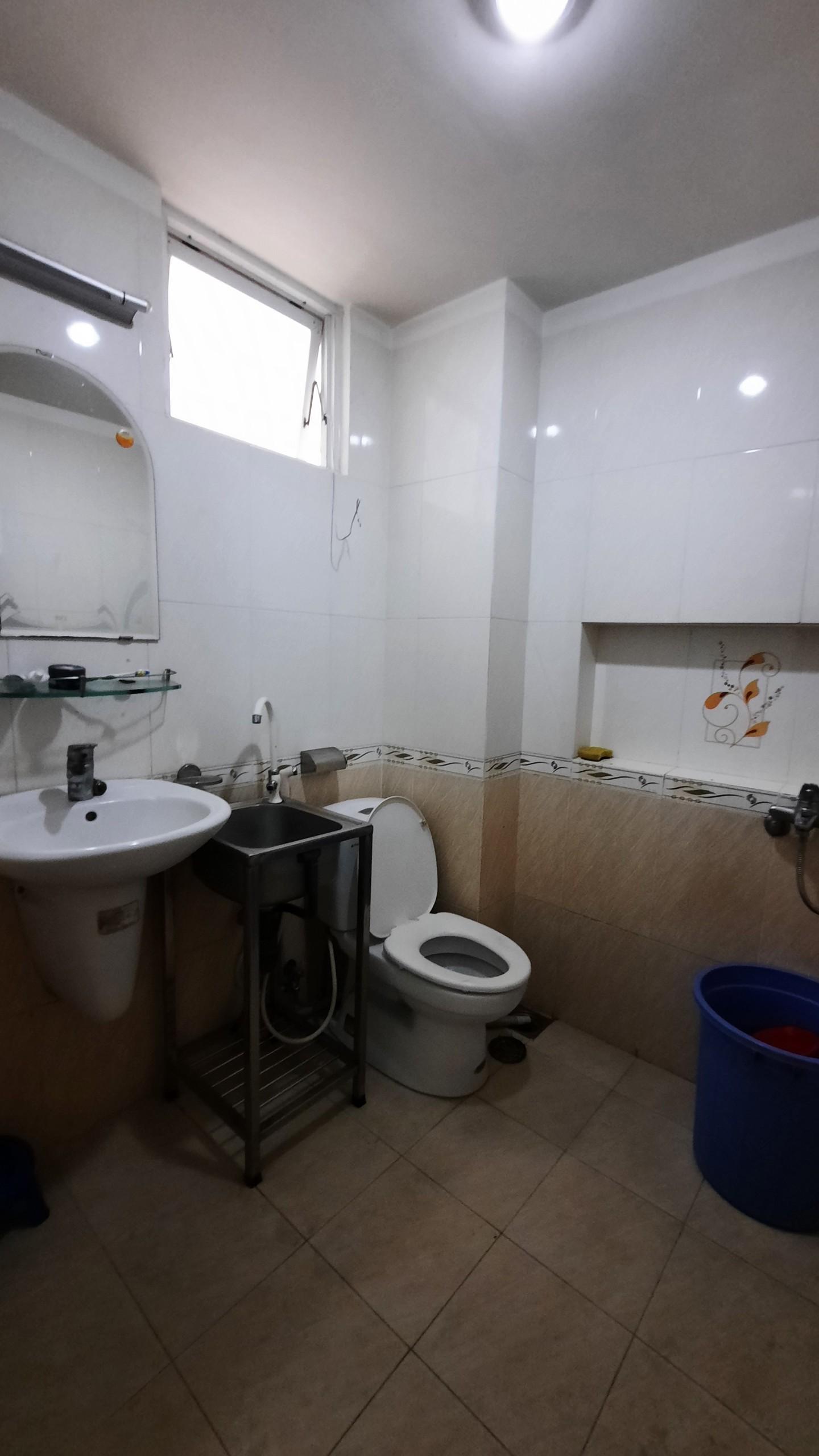 Phòng cho thuê ngay chân cầu Him Lam Quận 7 Diện tích: 25-30m2 Giá: 4tr-5tr
