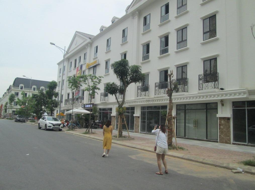 CC bán nhà liền kề La Casta 2 mặt đường view Công viên La Casta 80m2x4T chỉ 1089 tỷ 0989626116
