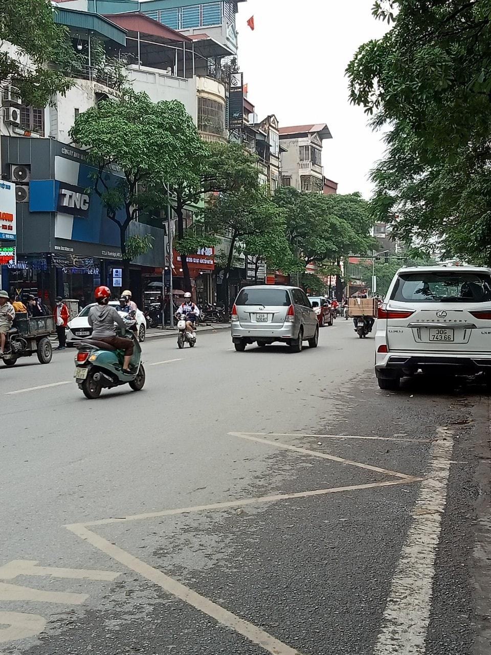 Bán nhà mặt phố Cầu Giấy gần Xuân Thủy 140mx4T Dịch Vọng quận Cầu Giấy