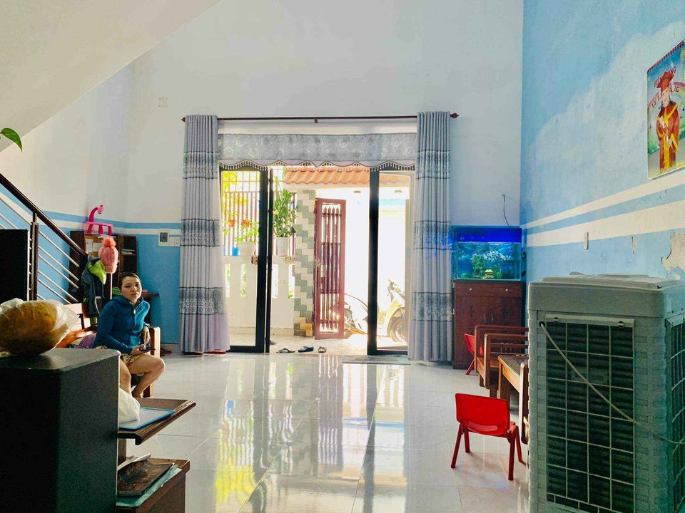 Nhà mê lửng kiệt ô tô Hoàng Văn Thái giá tốt cho vợ chông trẻ