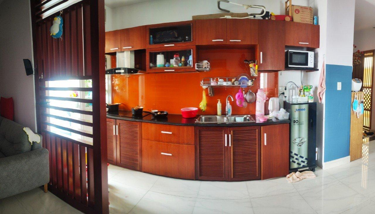 Cần bán gấp căn hộ Blue Shapire Đường Bình Phú Q 6 , Dt 75m2 , 2 phòng ngủ, có sổ hồng