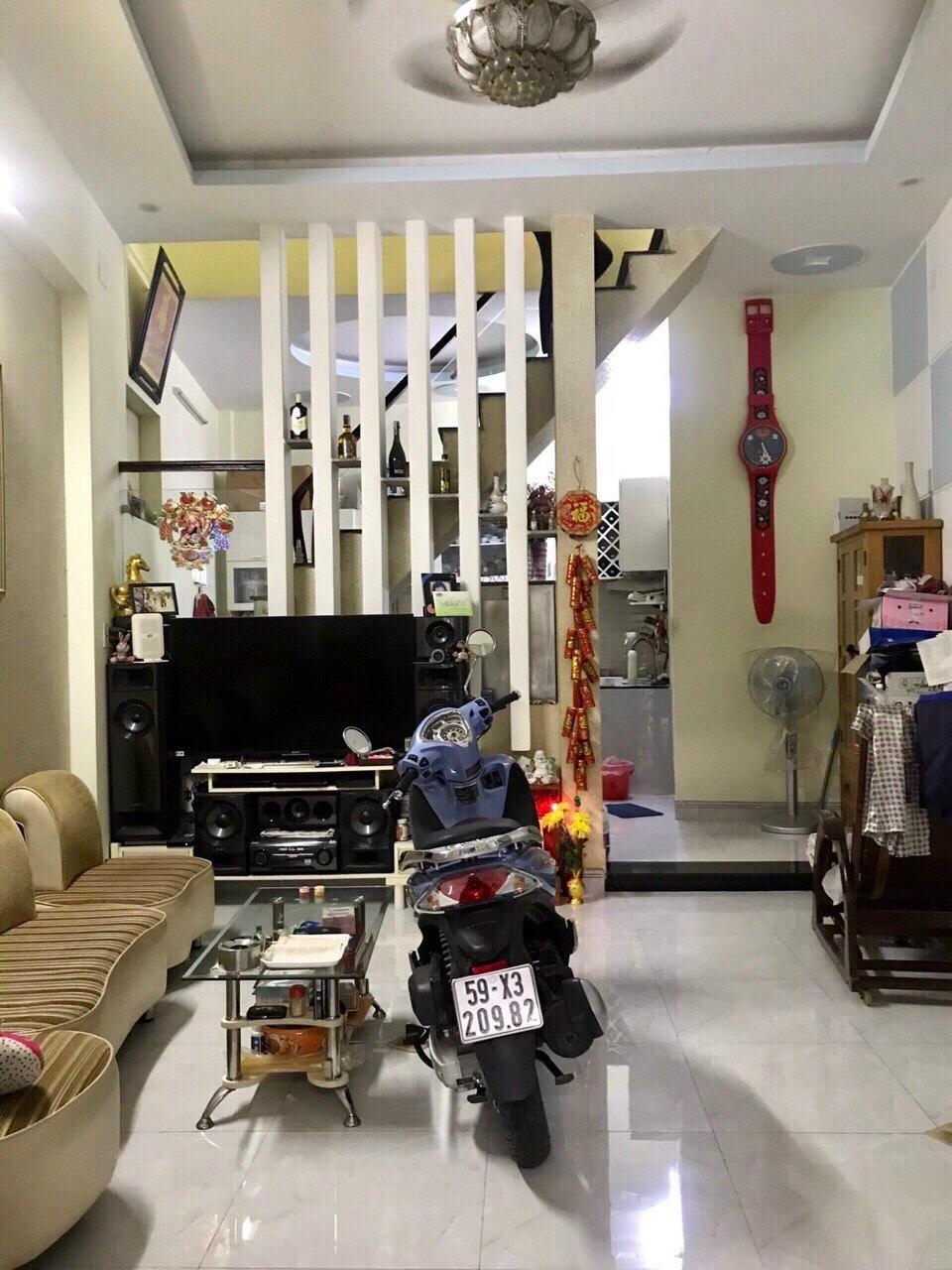 Nhà 1 Lầu 1 Trệt hẻm xe hơi thông đường 8 ,trung tâm P Linh Xuân