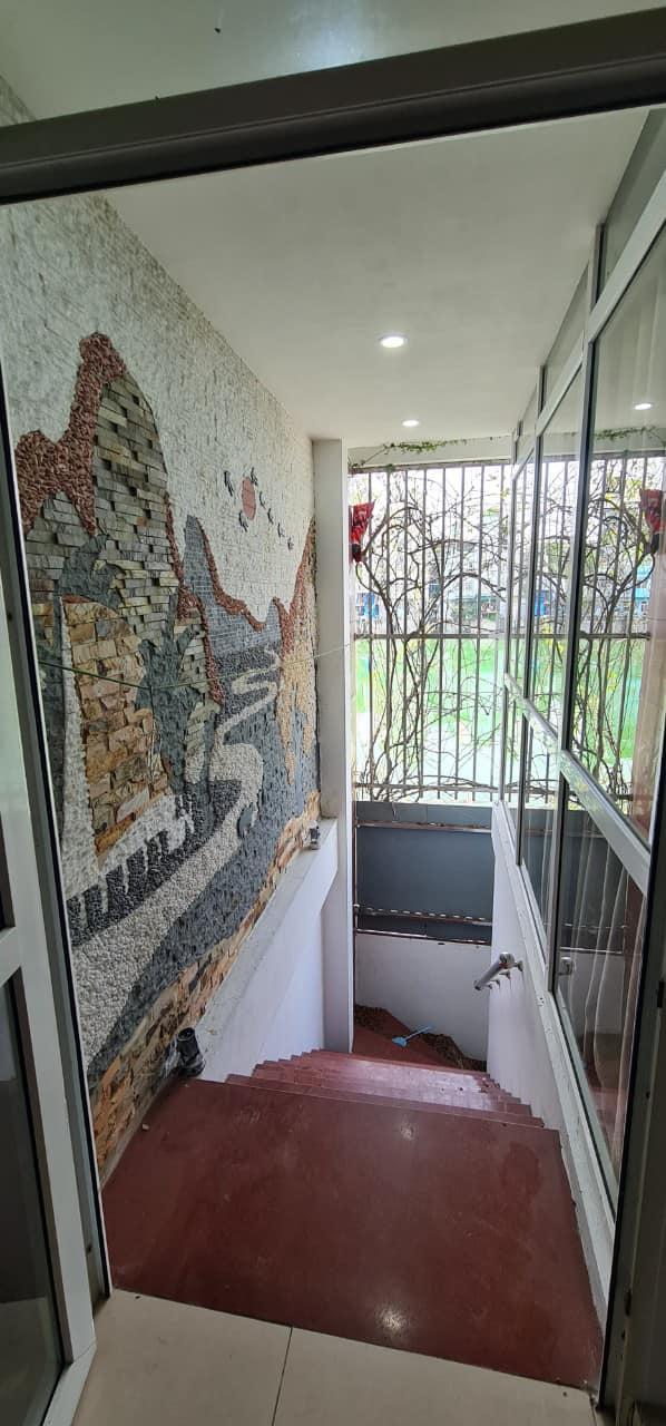 Cần bán gấp nhà Nguyễn Văn Cừ,view hồ,vỉa hè,ô tô tránh 50m nhỉnh 6 tỷ