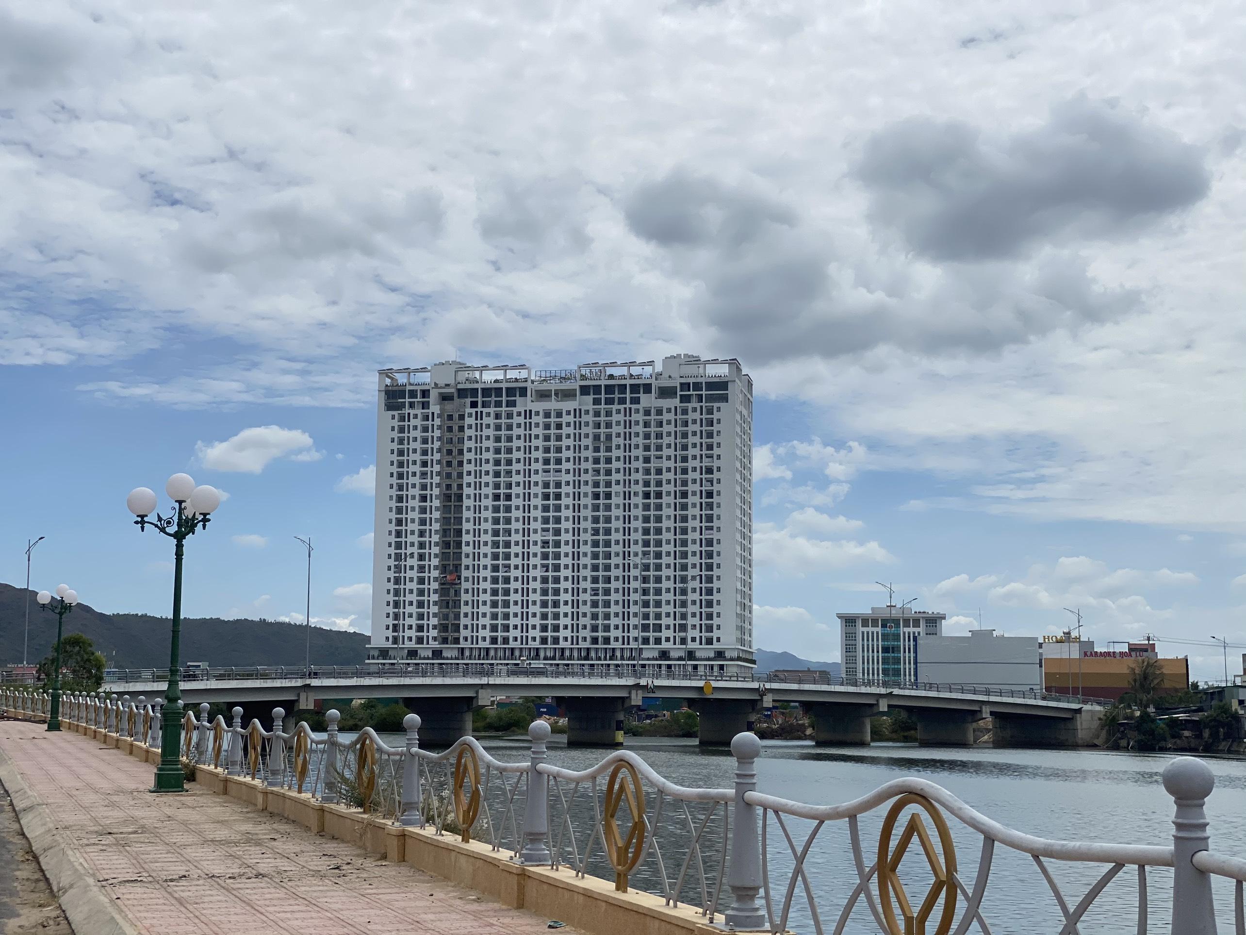 Căn hộ VIEW SÔNG đáng sống bậc nhất tại Quy Nhơn LH 098 631 5454