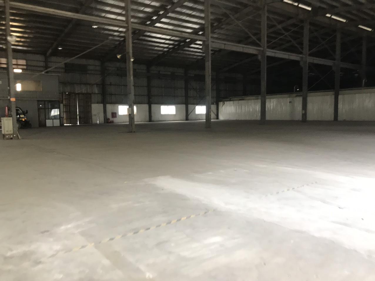 bán nhà xưởng trong KCN Đại Đồng, dt 3000m2 đã có sẵn xưởng 2200m2