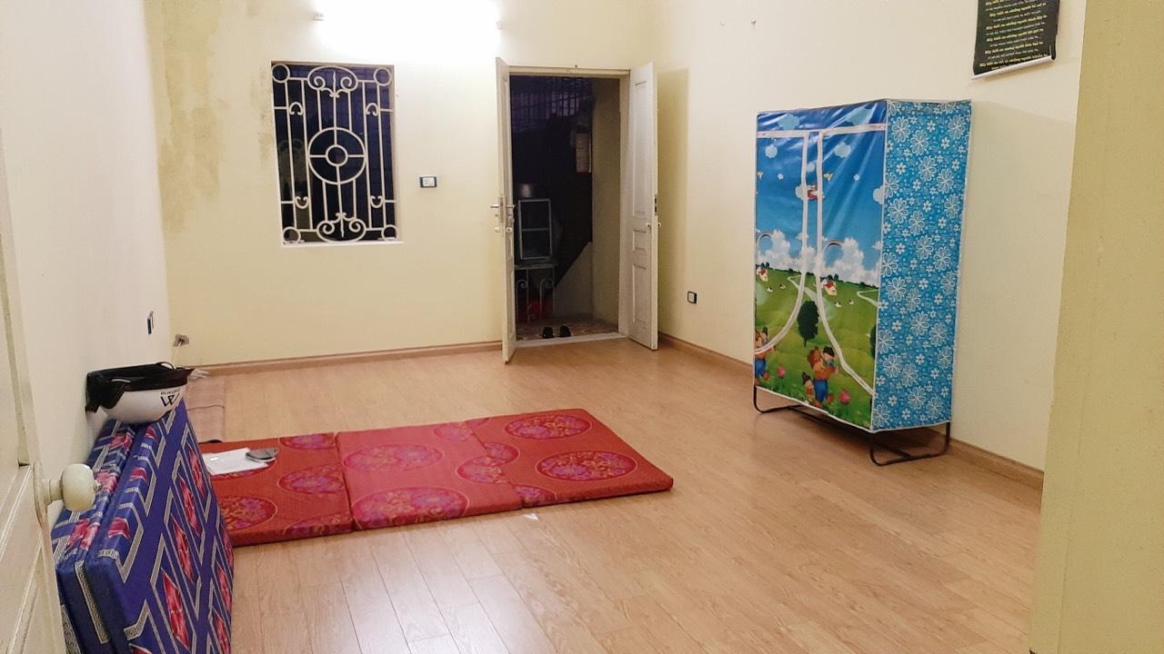 Cho thuê nhà để ở Phố Hồng Hà, Hoàn Kiếm DT 50m2 x 2 tầng giá 6tr/tháng