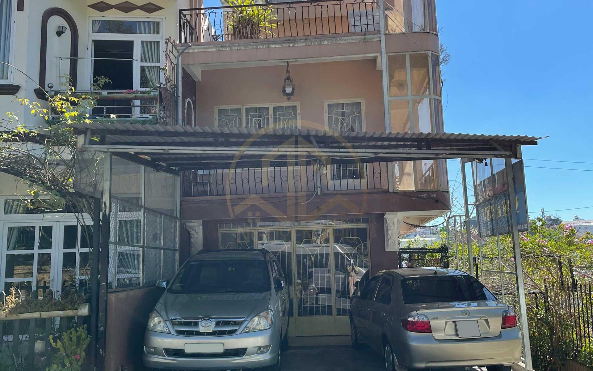 Bán nhà Phạm Ngọc Thạch Đà Lạt diện tích 144m² mặt tiền đường, gần ngay trung tâm thành phố