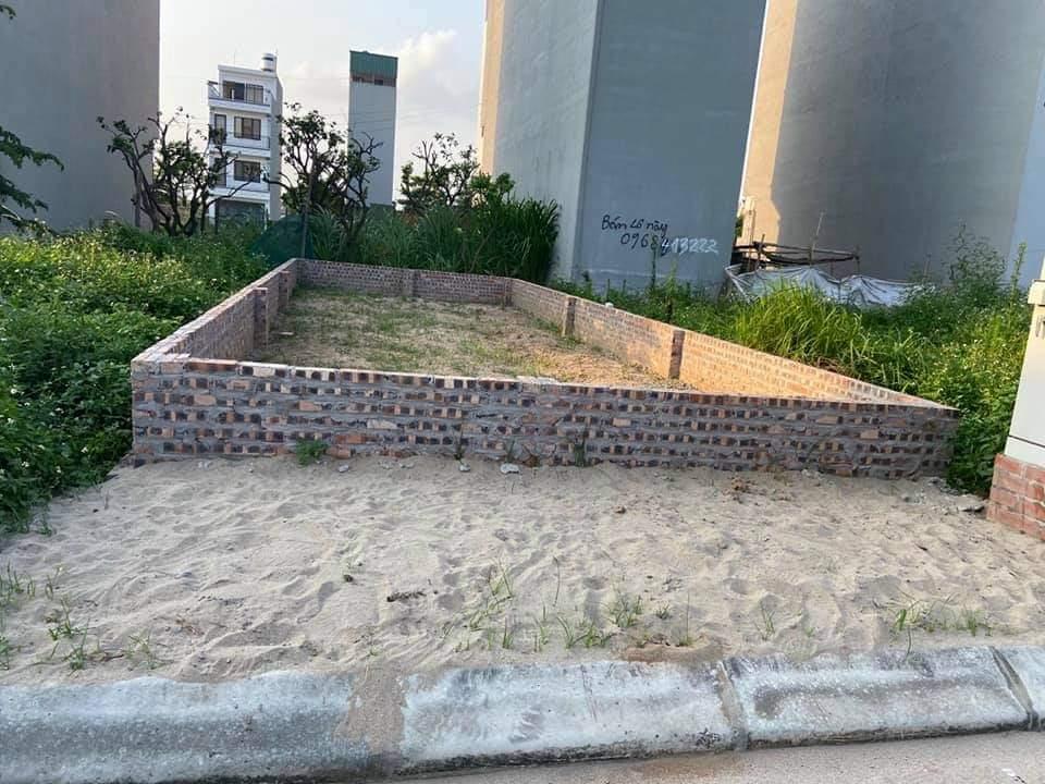 Bán đất Hậu Aí, xã Vân Canh: DT45m2*MT4m* giá bán 37tr/m2 Gần đường 35 Lê Trọng Tấn