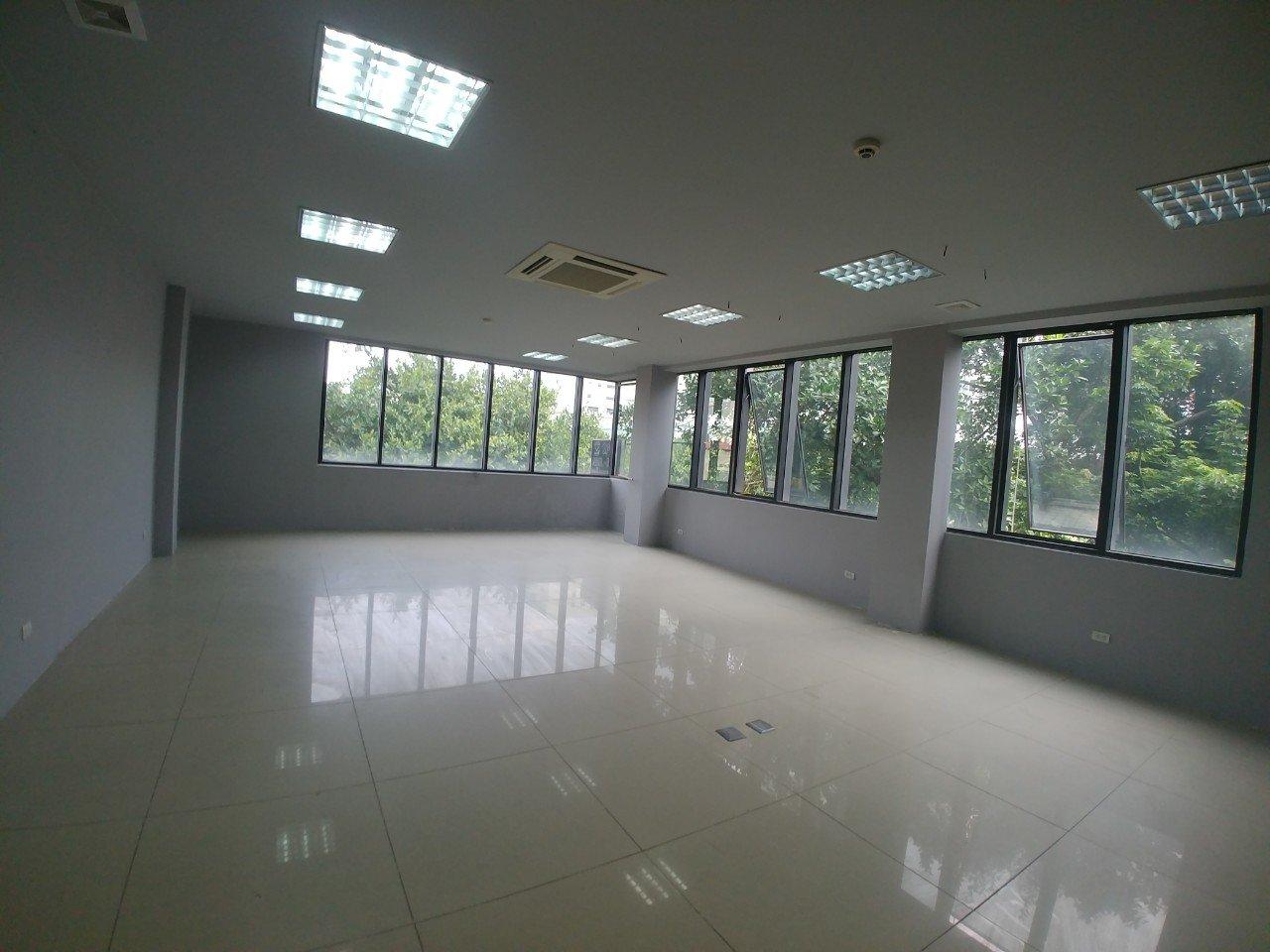 Chính chủ cho thuê sàn VP phố Chùa Láng gần trường Đại học, TTTM phù hợp mọi loại hình