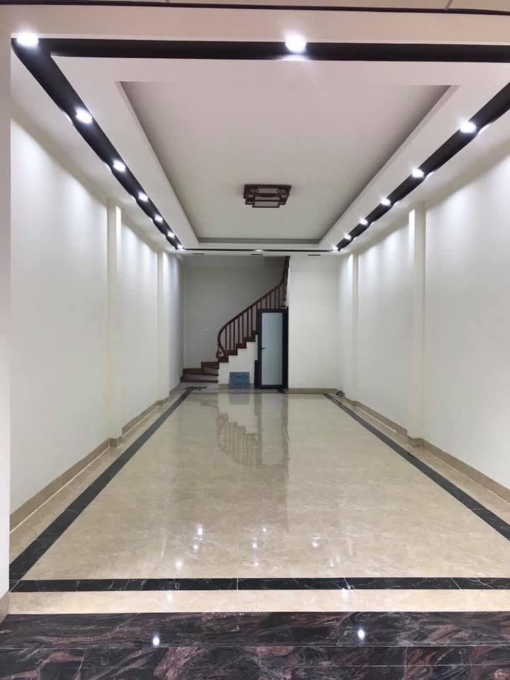 Cần bán Căn hộ chung cư đường Ngọc Trì, Phường Thạch Bàn, Diện tích 62m², Giá 4 Tỷ