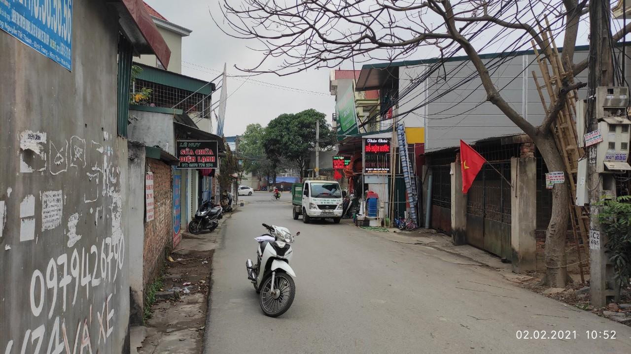 Bán đất ngõ 21 phố Tôn Đức Thắng, Khai Quang, Vĩnh Yên: DT295m2 *giá 11.865 tr/m2, miễn TG.