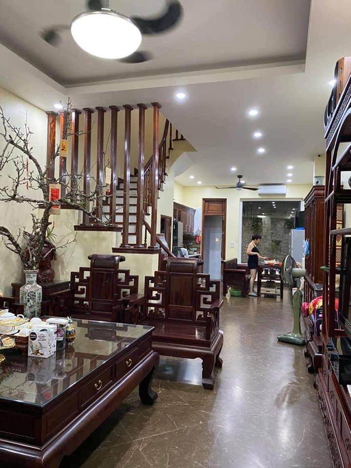 Cần bán Nhà riêng đường Lê Hồng Phong, Phường Hà Cầu, Diện tích 35m², Giá 2.61 Tỷ - LH: 0977690119