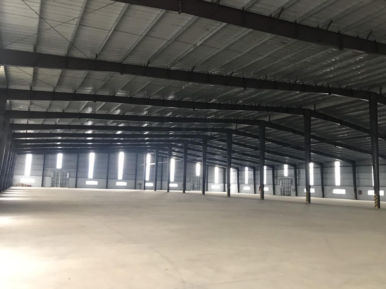 Cho thuê Kho - Nhà xưởng đường Quốc lộ 1A, Xã Hoàng Ninh, Diện tích 10000m², Giá 75 Nghìn/m²/tháng - LH: 0817081218