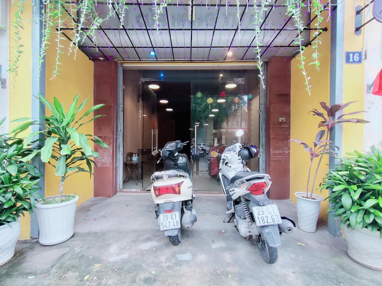 Cần bán Nhà mặt tiền đường Tư Đình, Phường Long Biên, Giá 8,5 Tỷ - LH: 0984142941