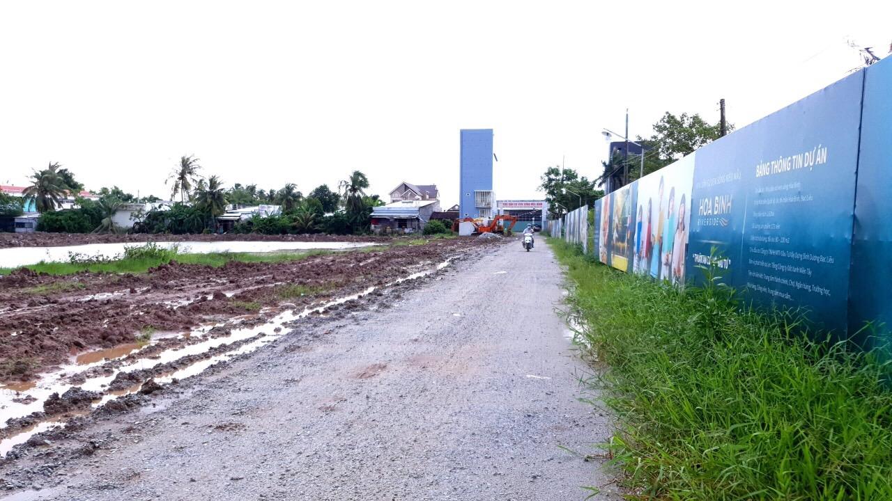 Cần bán Đất đường Quốc lộ 1A, Thị trấn Hoà Bình, Diện tích 83m², Giá 10 Triệu/m² - LH: 0835346383