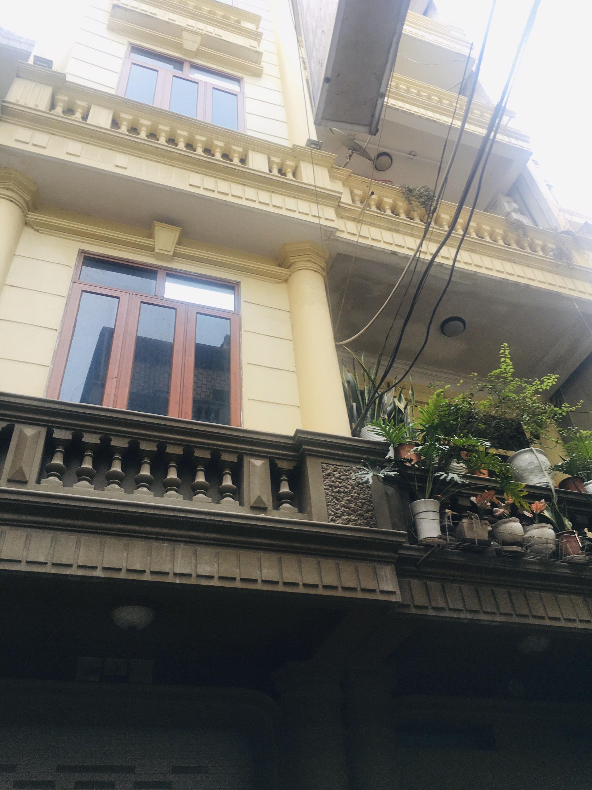 Cần bán Nhà riêng đường Nguyễn Văn Cừ, Phường Gia Thụy, Diện tích 60m², Giá 5 Tỷ - LH: 0984142941