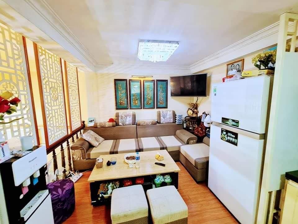 Cần bán Nhà riêng đường Hoàng Đạo Thúy, Phường Nhân Chính, Diện tích 50m², Giá 4,5 Tỷ - LH: 0335696863