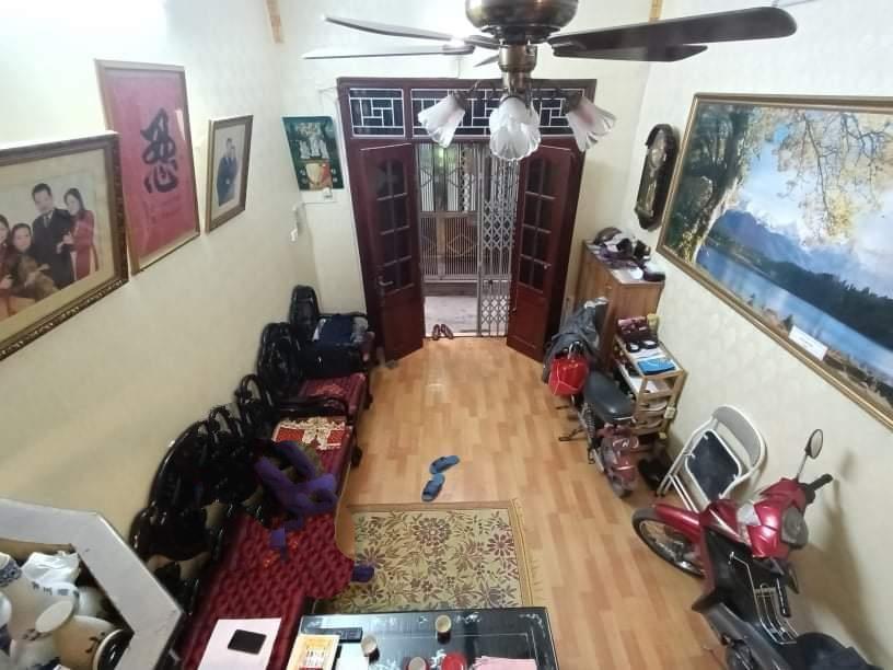 Cần bán Nhà riêng đường Tân Mai, Phường Tân Mai, Diện tích 34m², Giá 2.95 Tỷ - LH: 0947161359