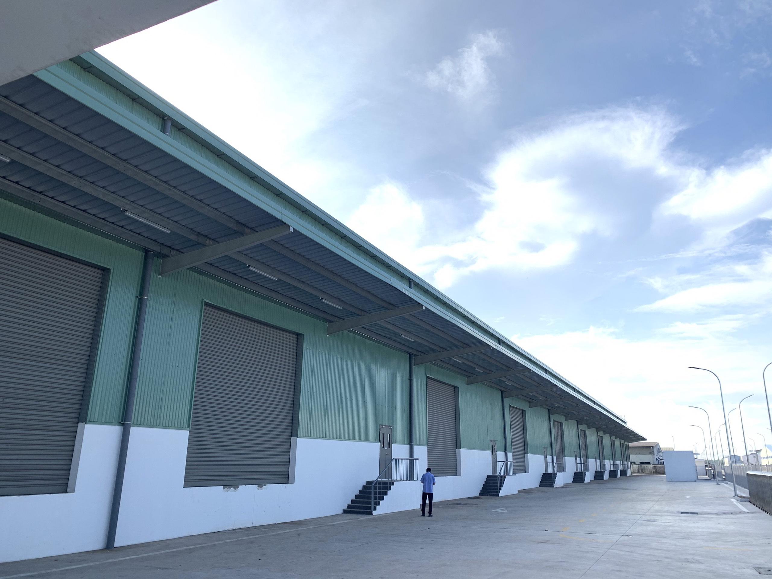 Cho thuê kho tiêu chuẩn dt 4.000m2-12.000m2 tại KCN Đài Tư, Long Biên vị trí đẹp. Giá 6$/m2/tháng