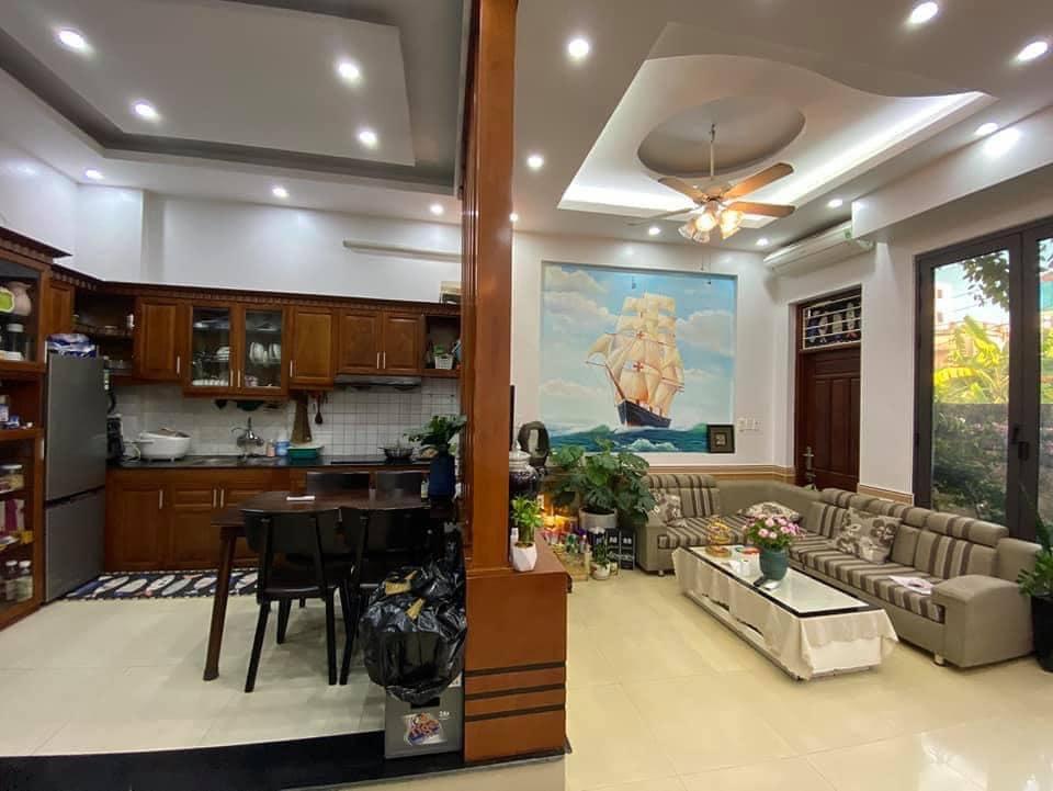 Cần bán Nhà mặt tiền Phường Việt Hưng, Long Biên, Diện tích 50m², Giá 4 Tỷ
