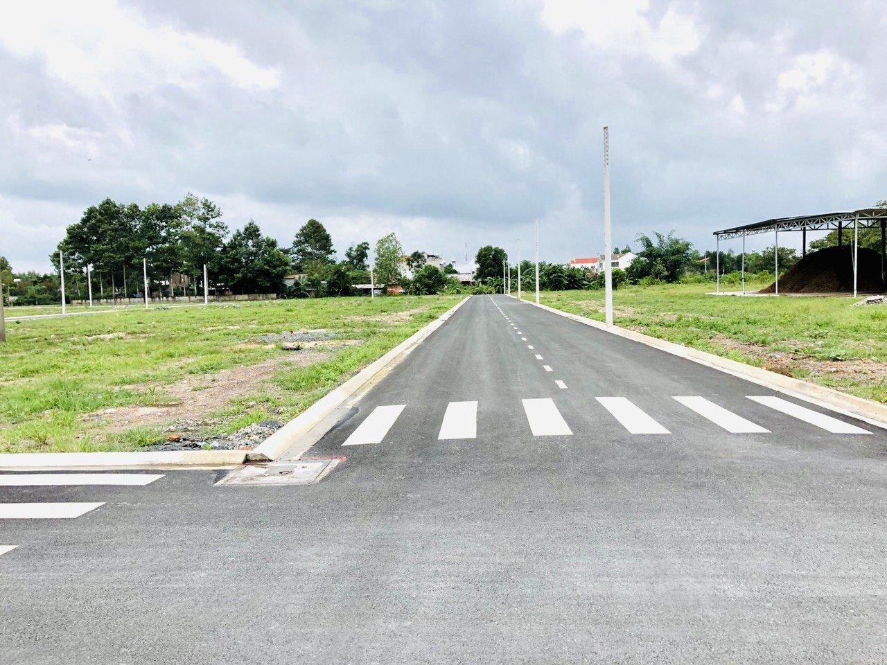 Cần bán Đất đường Quốc lộ 1A, Xã Hố Nai 3, Diện tích 110m², Giá 350 Triệu