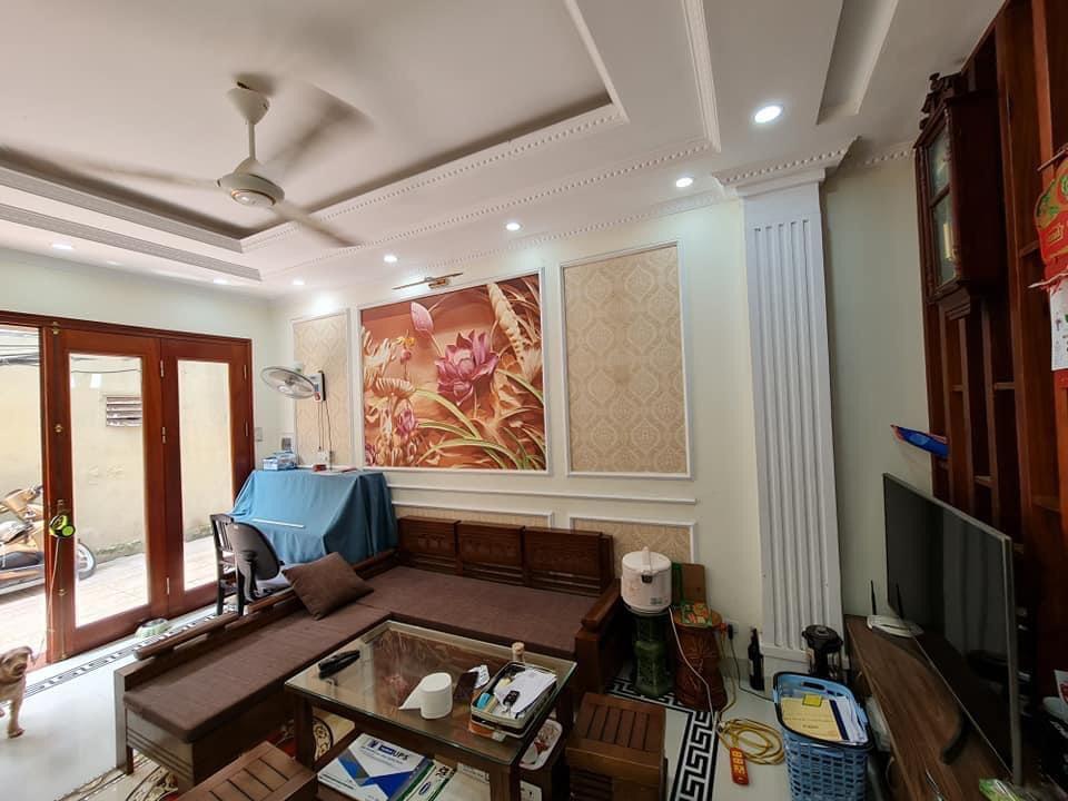Cần bán Nhà ở, nhà cấp 4, nhà hẻm đường Bát Khối, Phường Long Biên, Diện tích 35m², Giá 3.2 Tỷ - LH: 0336866307